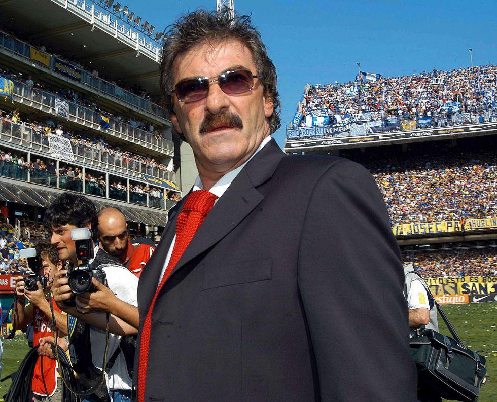 Ricardo La Volpe podría dirigir a los Tiburones Rojos en la  Liga de Expansión Mx