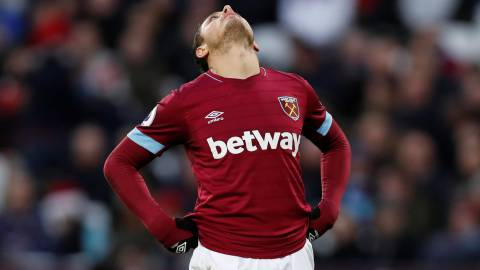 Con Chicharito, West Ham pierde frente al Watford