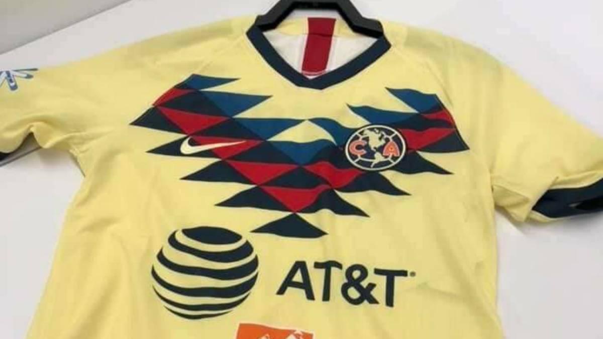 3d3ad7d0 Circula en redes posible camiseta de local del América - AS México
