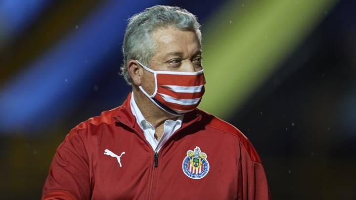 Chivas alternaría a Rodríguez y Gudiño en el arco - AS México
