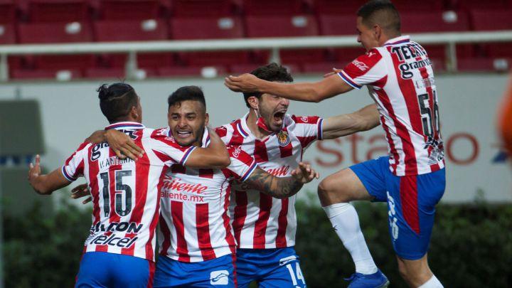 Chivas remonta, vence 3-1 a Monterrey y jugará repechaje en casa - AS México