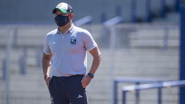 Ignacio Ambriz rechaza prisa por dirigir en Europa y minimiza su renovación de contrato con León